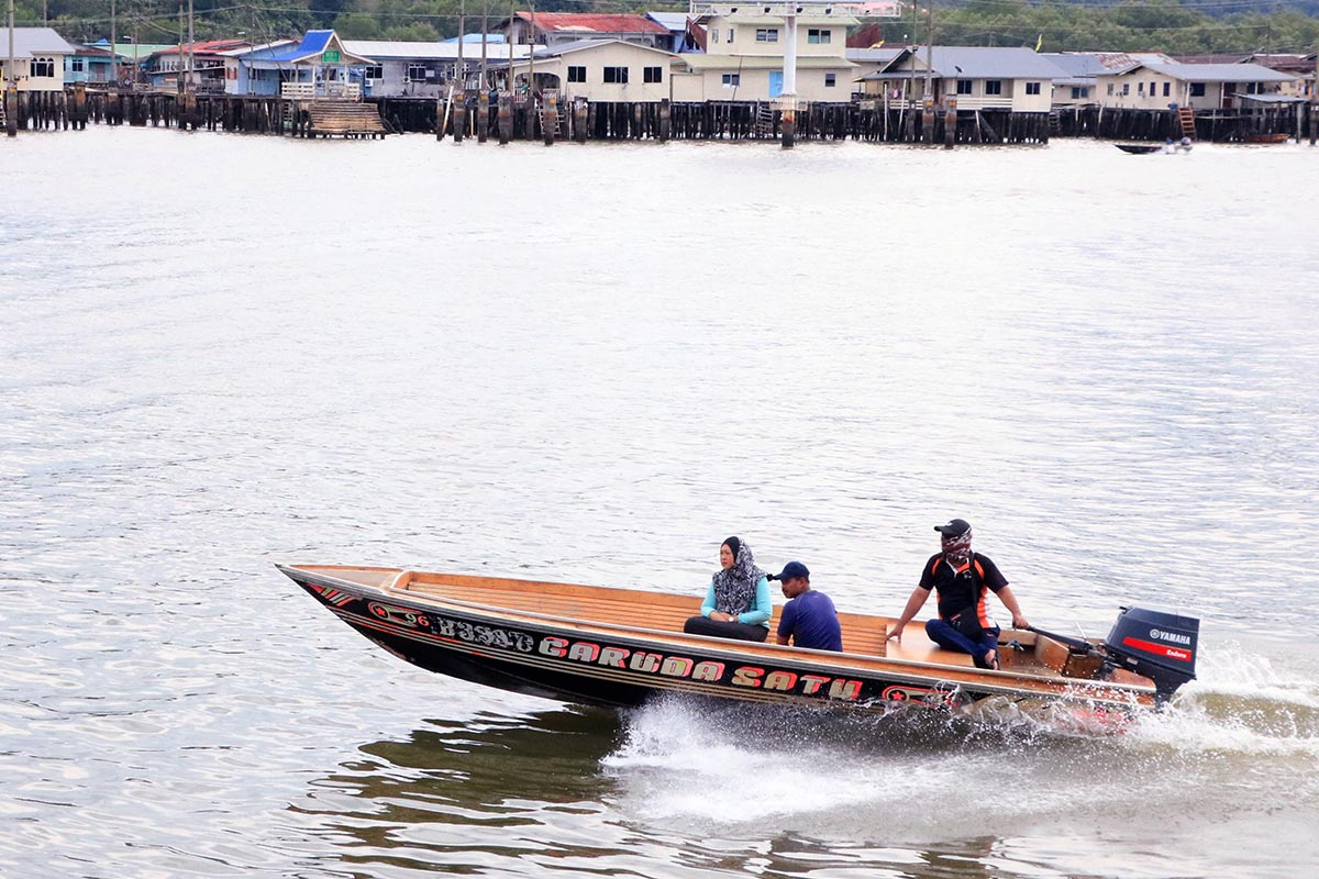 Brunei water taxi
