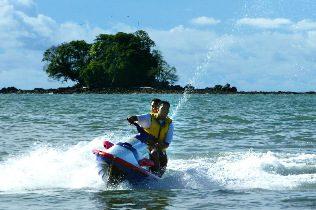 water sports activities in Brunei