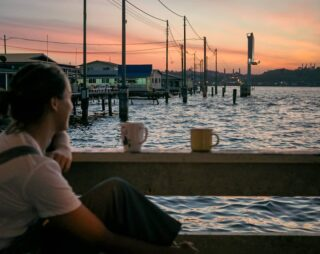 Bask in the splendour of golden sunsets over serene waters 🌅 Enjoy this soothing view from the deck of the Kunyit 7 Lodge, just a short walk from Jetty 2 in Kampong Ayer.  📸: @amalkasibah  #discoverbrunei #travelgram #instatravel #travelasia #travelinspiration #travelphotography #travel #wanderlust #destinationearth #seetheworld